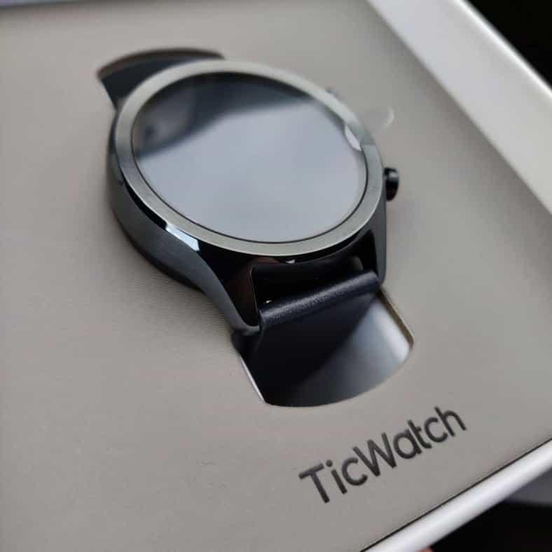 ticwatch c2 box